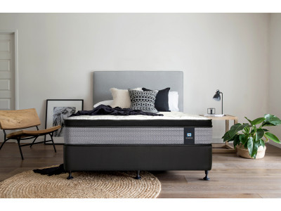 Corsica Plush Queen Mattress